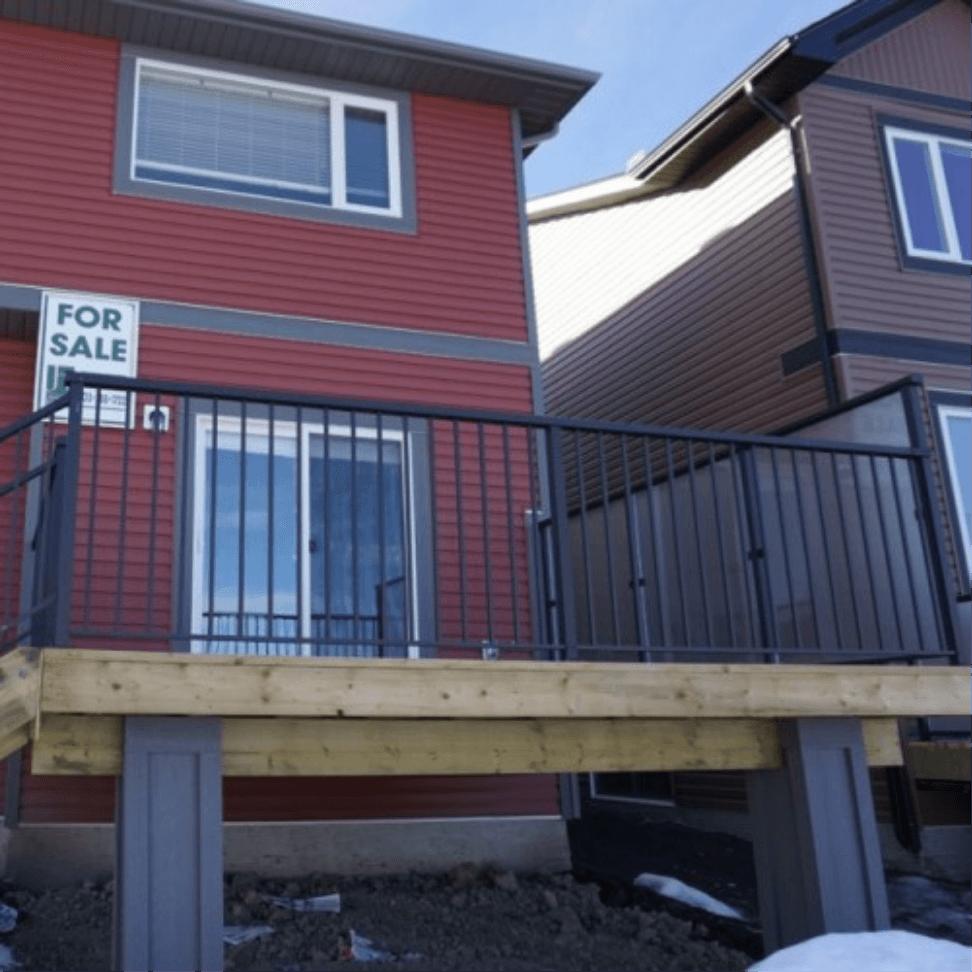 Edmonton Deck Railings | Built for Canada | McLean Railings